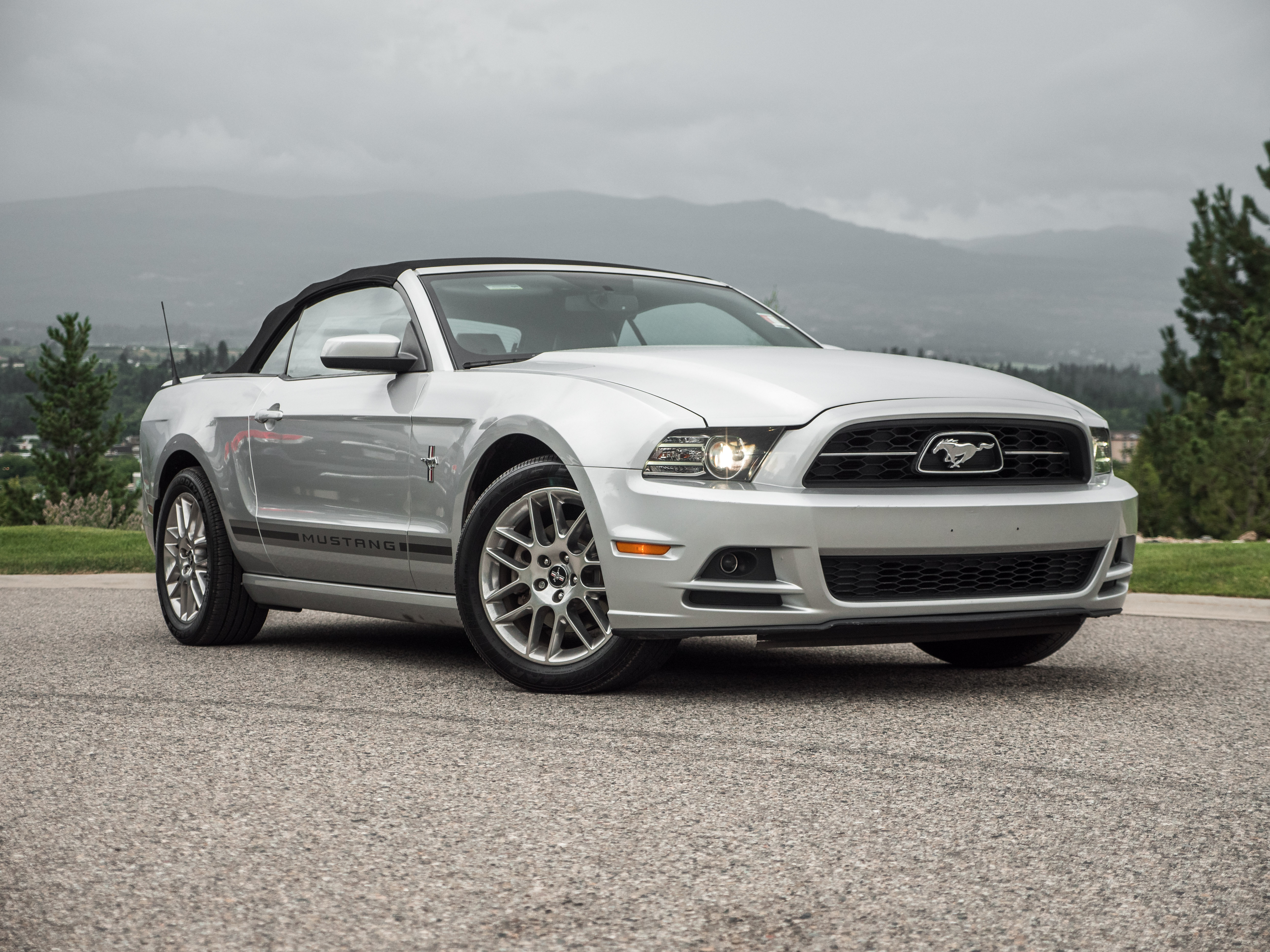 Pre owned 2014 ford mustang v6 premium