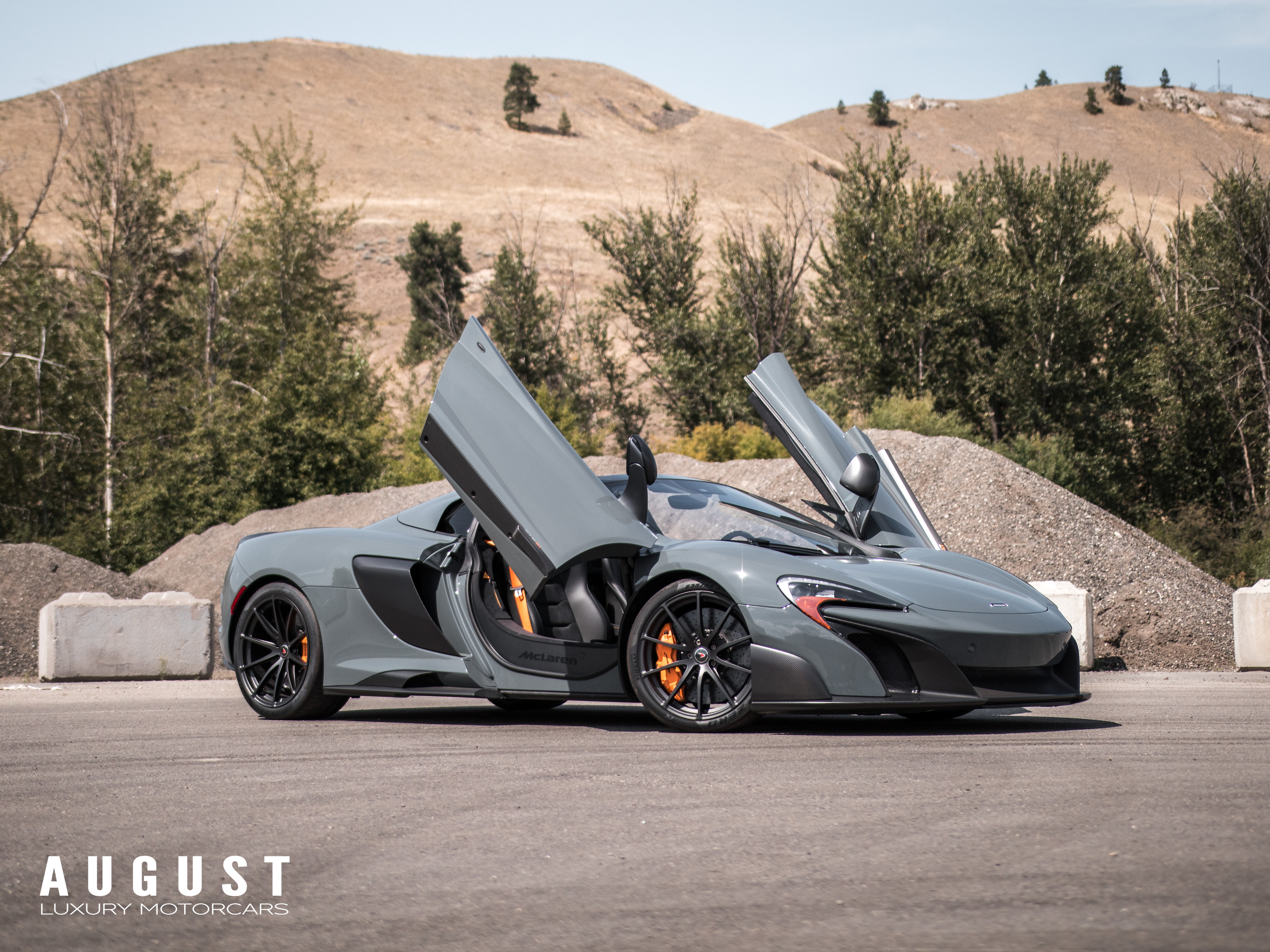 Pre-Owned 2016 McLaren 675LT Spider Highly Spec'd *Rare Color*