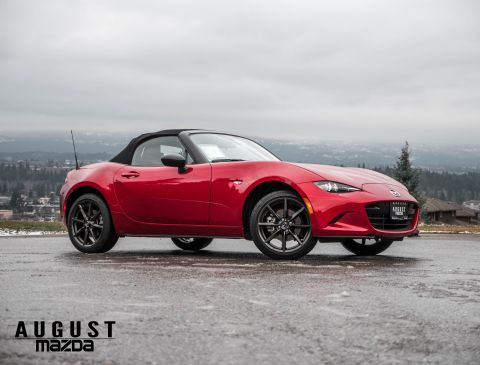 Pre-Owned 2017 Mazda MX-5 GS