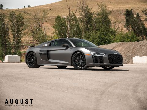 Pre-Owned 2017 Audi R8 V10 Plus